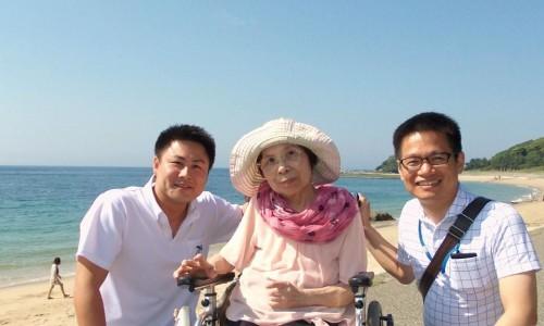 ケアタクシーマハロ高木さんと一緒に一枚