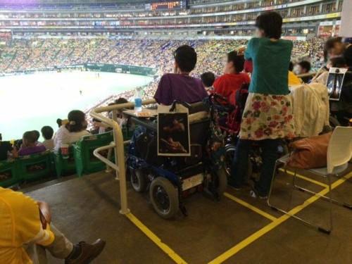 車椅子専用スペースで観戦です!