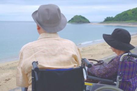 志賀島からお二人で海を眺める